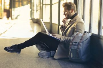 Airport man with laptop